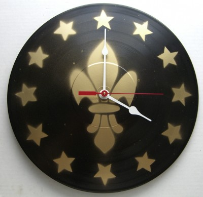 black and gold fleur de lis clock