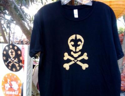 my skull de lis shirt